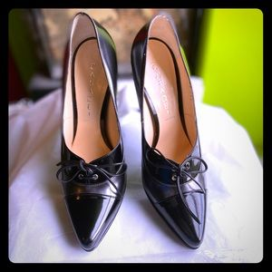 Casadei retro look pumps.Made in Italy.Never worn